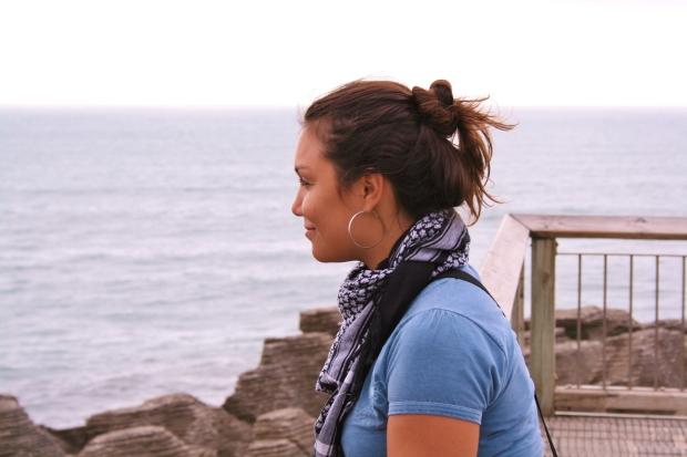 Utilidades de um lenço de pescoço numa viagem