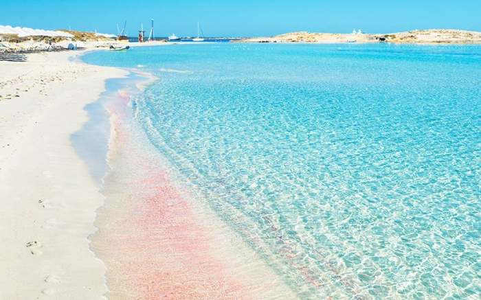 Praia de Areia Rosa - Playa de Ses Illetes, Formentera, Espanha | Foto: Getty Images