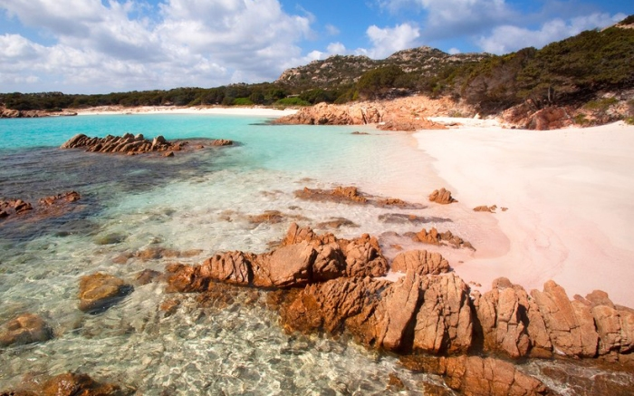 Praia de Areia Rosa - Spiaggia Rosa, Ilha de Budelli, Itália | Foto: Getty Images