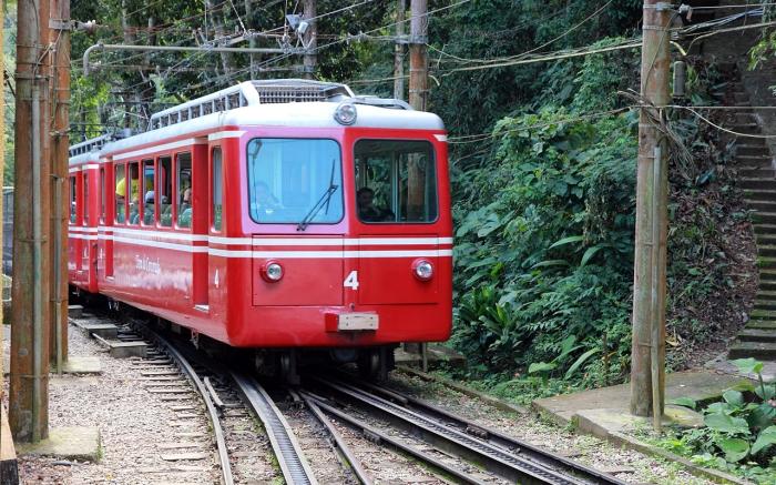 Passeio Trem Turístico Brasil - Trem do Corcovado