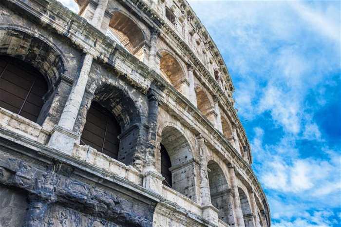 Coliseu Roma - Entrada gratuita museus Itália domingo