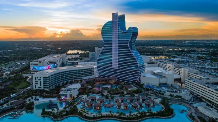 Hotel Hard Rock Formato Guitarra